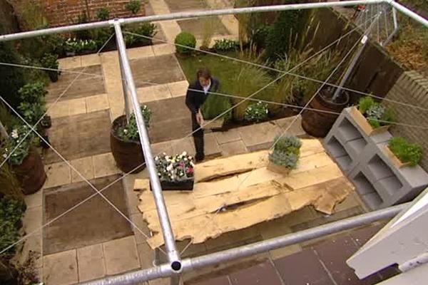 Voorbeeld terras met steenschotten tuinhoutvoordeel